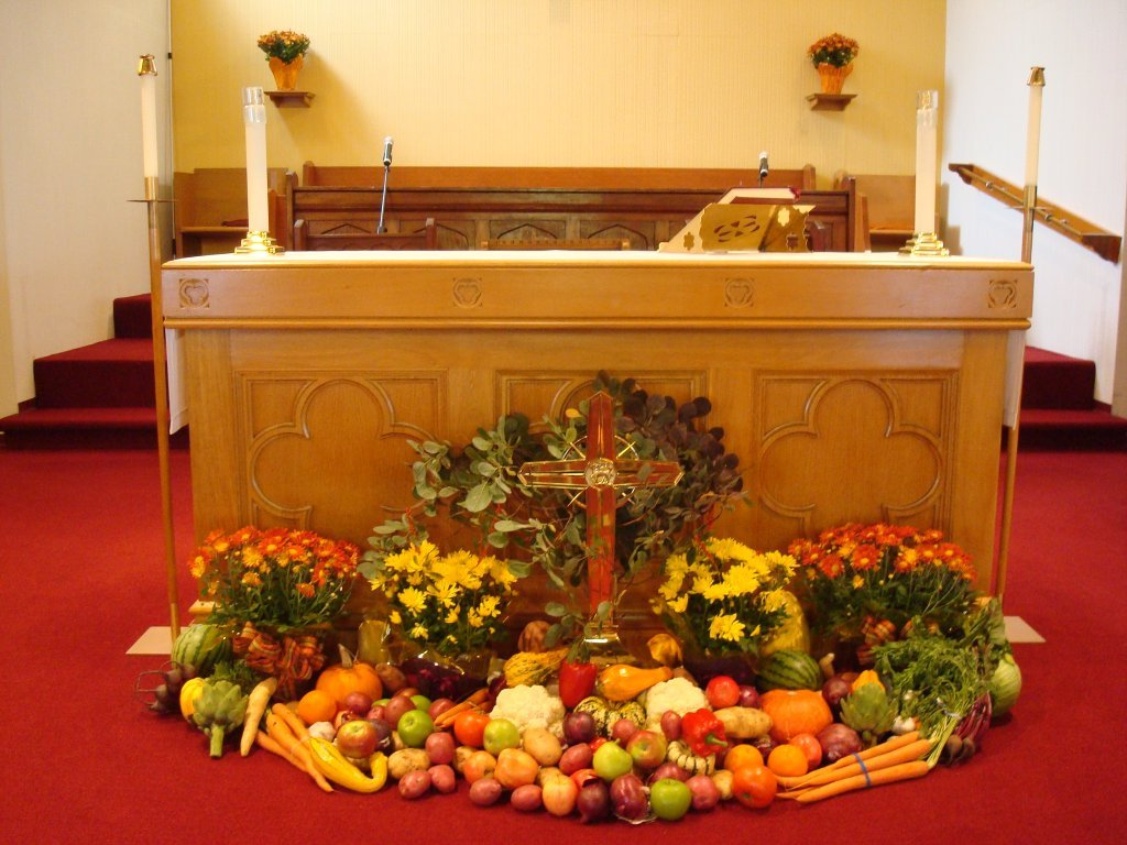 Thanksgiving sunday decorations st thomas anglican church Thanksgiving decorating ideas